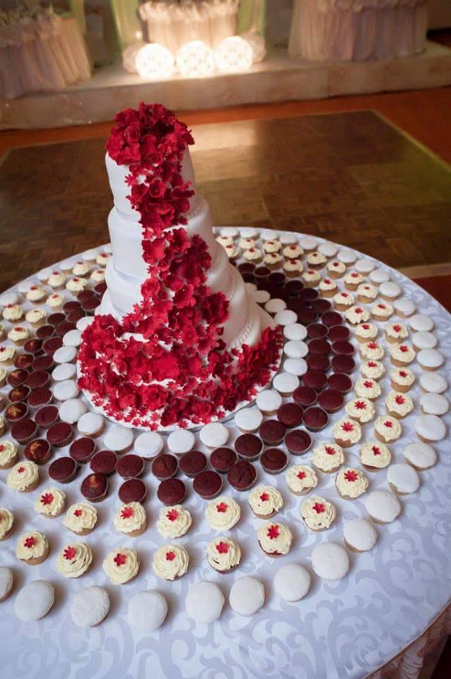 Creative wedding cake and cupcakes from Danse Pastries Uganda
