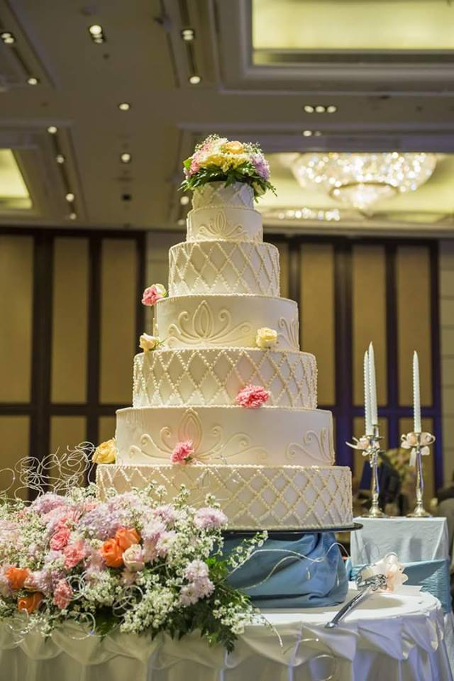 A large wedding cake made by Real Cakes Uganda