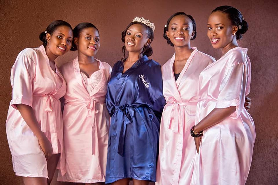 Winnie & the girls rock Caliente wardrobe stylist robes
