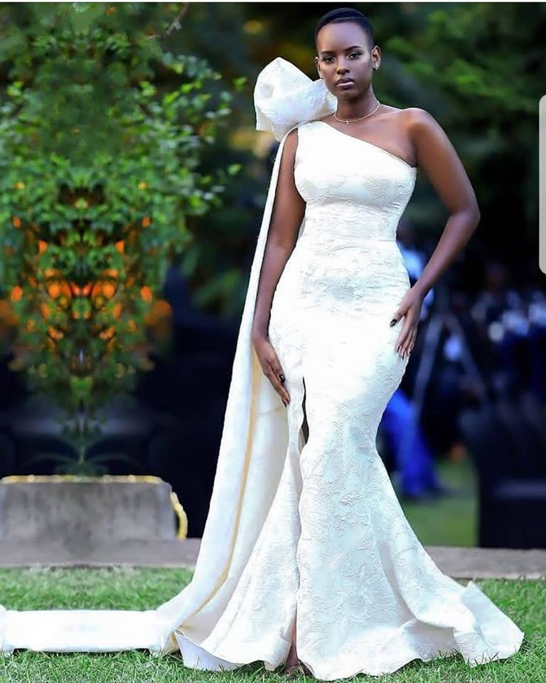 Betinah Tianah's elegant dress, tailored by Fatumah Asha
