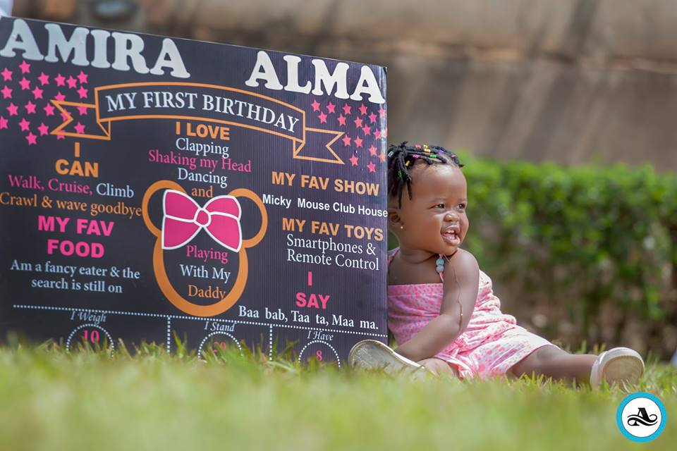 Alma Ámira Birthday Photo shoot  By Alexandar Photography