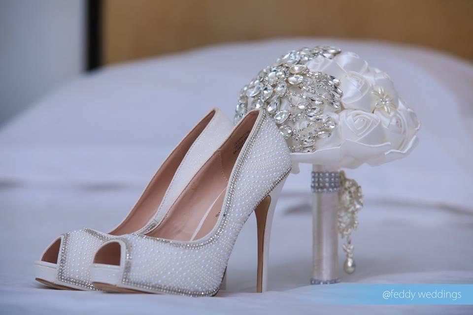 Bridal shoes & Bouquet