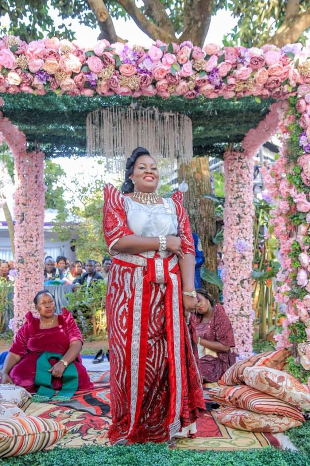 Beautiful bride at her customary wedding, decor by Spice Decorators