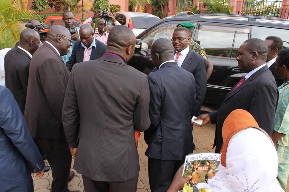 Buganda katiikiro Charles Peter Mayiga being welcomed at Sapphire Hotel Limited