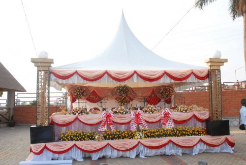 Bridal tent decorations at Mawanda Royal Gardens