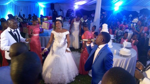 Lyto Boss performs at Sam + Hellen Wedding