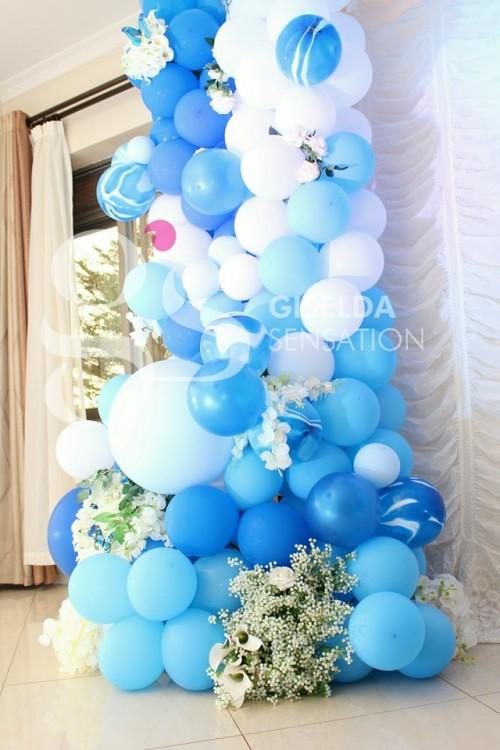 Beautiful balloon decorations by Giselda Sensation