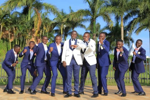 Groomsmen dressed by Suits Avenue