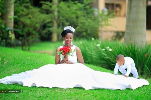 Bride - Son Moments