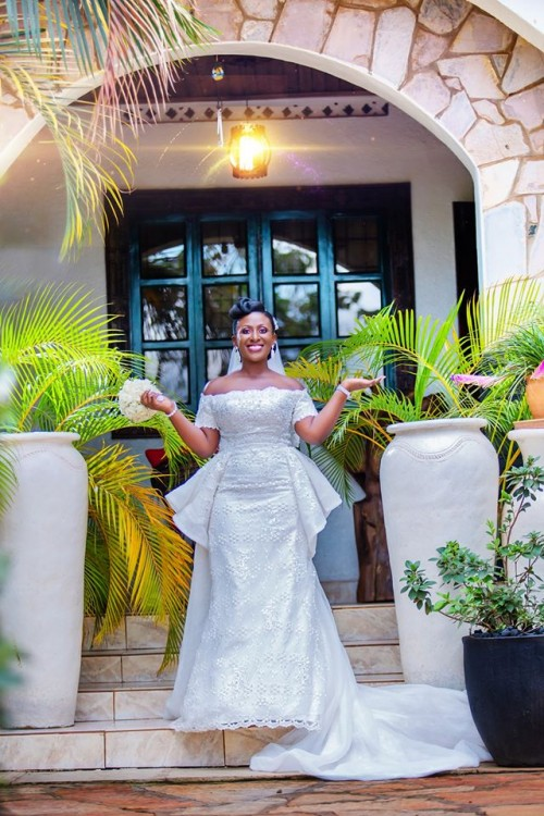 Elegance of the Queen, wedding shots by Onyx Pictures