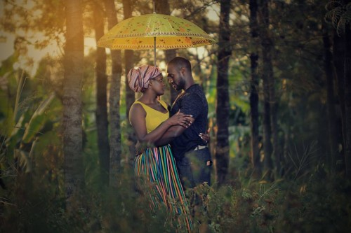 Intimate pre-wedding photography by Solvers