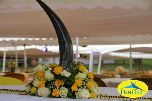 Flower decorations by Henhar Service