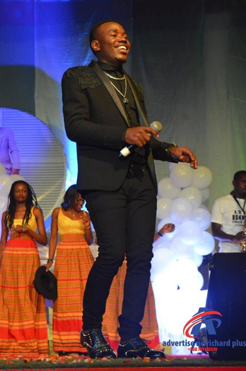 Lyto Boss performs at Theater Labonita