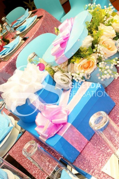 Baby blue and baby pink decor birthday decorations by Giselda Decorations