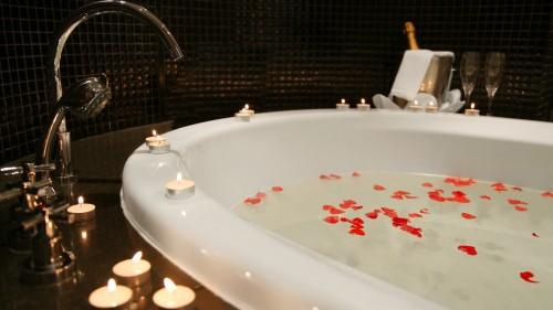 Sheraton Kampala Hotel Presidential Suite Bathroom