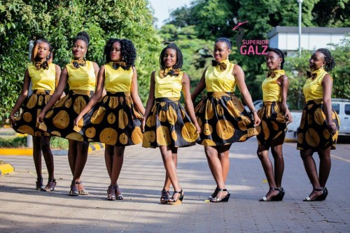 A smart and elegant team of ushers from Superior Galz Ushers