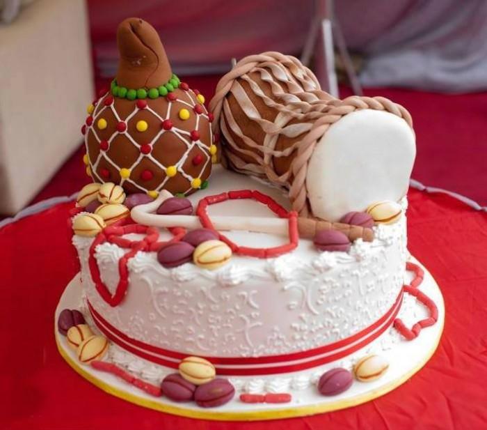 Wonderful introduction cake from Elieonai Cakes
