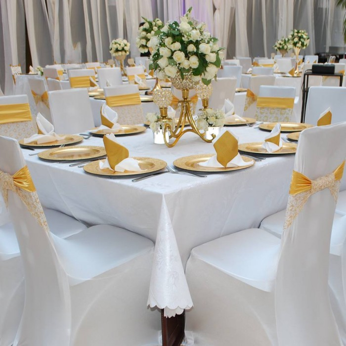 White and gold themed wedding decorations at Mackinnon Suites