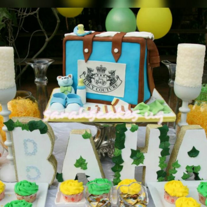 A baby shower cake made by Sarahs Cakes