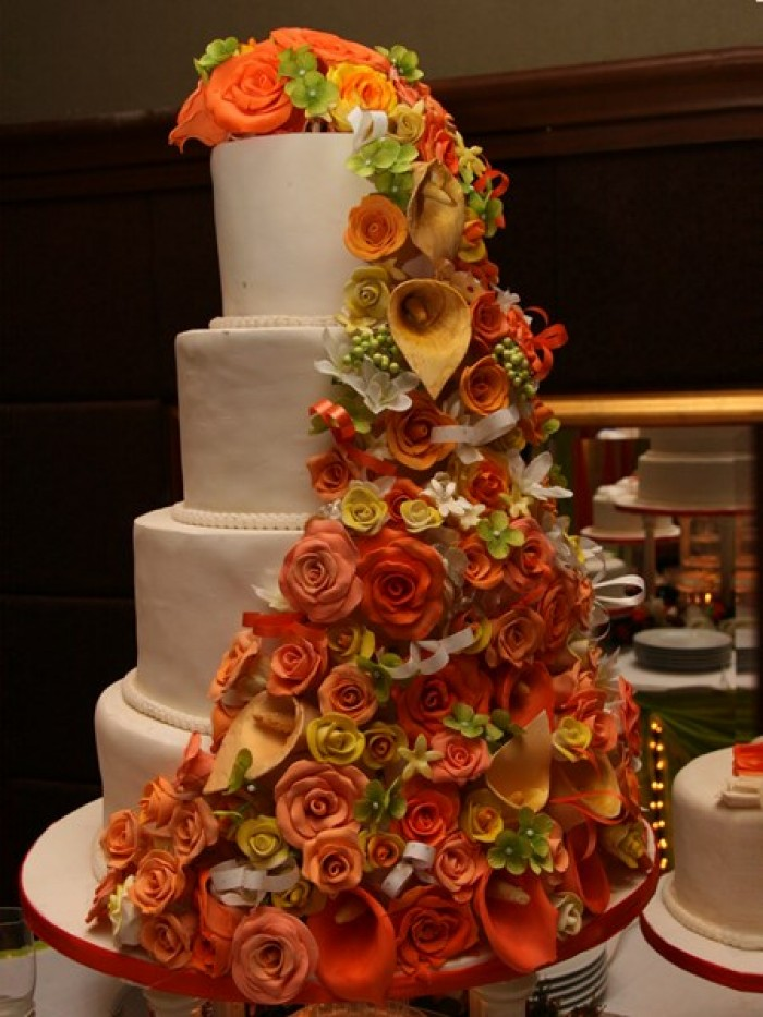 A beautiful wedding cake from Sarahs Cakes