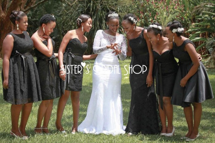 Wedding inspiration: Cute black dresses for your bridesmaids!