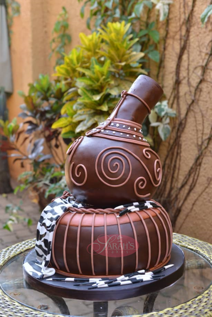 A calabash inspired cake by Sarahs Cakes