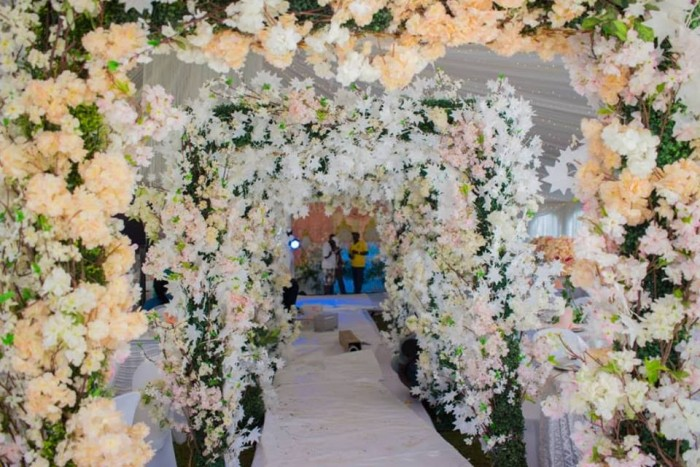 Stellah Maris floral wedding decor by Spice Decorators