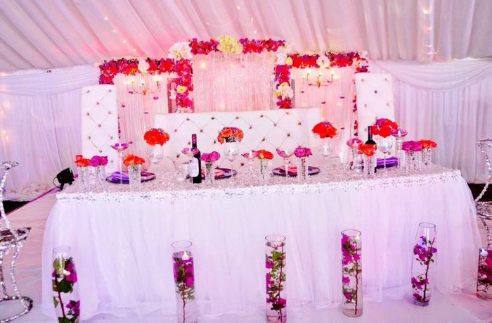 The Decor Mania Wedding High table Decor