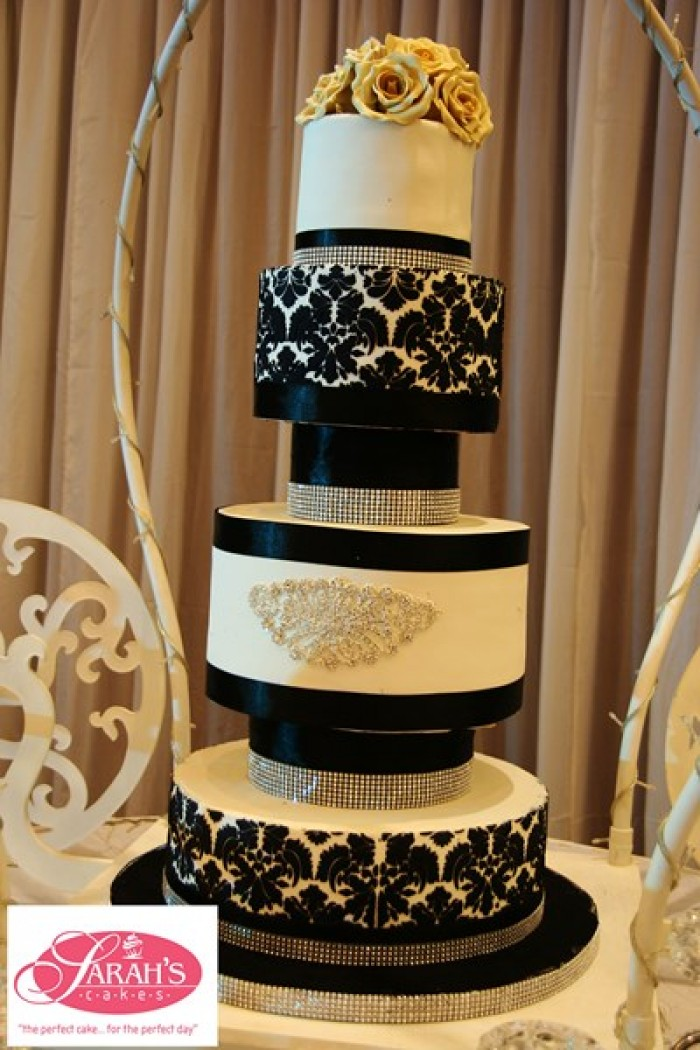 A black, gold & cream inspired wedding from Sarahs Cakes