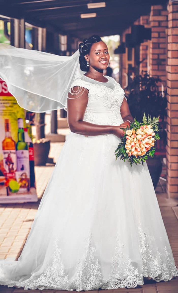 Bridal wedding day moments with Zebra Image International Digital Studio