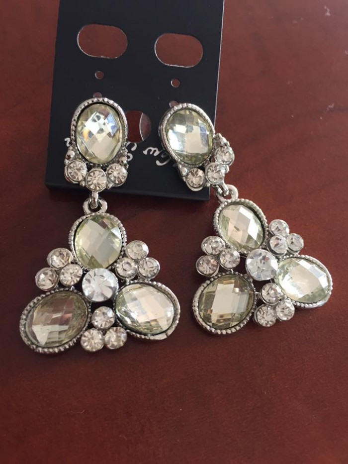 Ear rings for brides at Nisha's Bridals