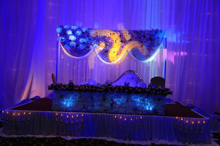 Wedding high table moonlighting by Rossy Roots Events