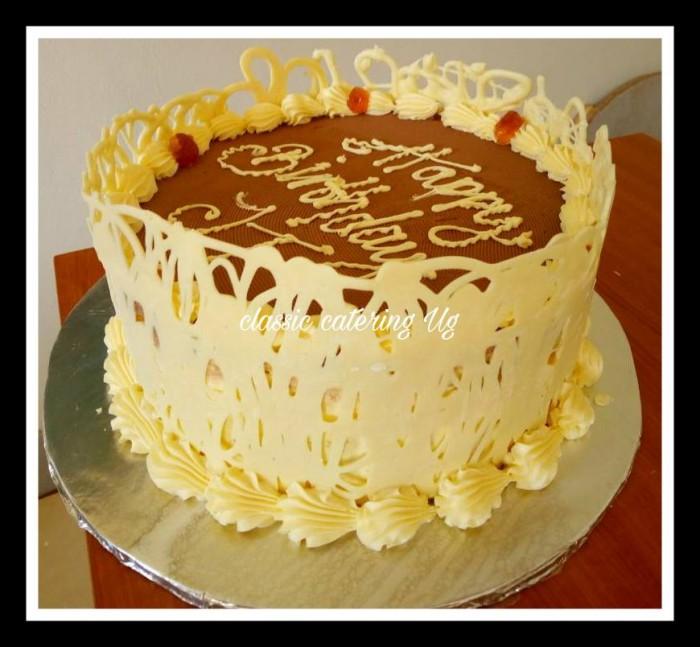 A nice birthday cake by Classic Catering Uganda