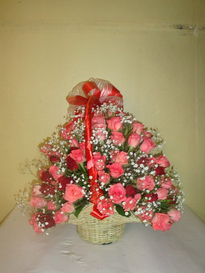 Pink roses from Rusadia Florists and Decorations