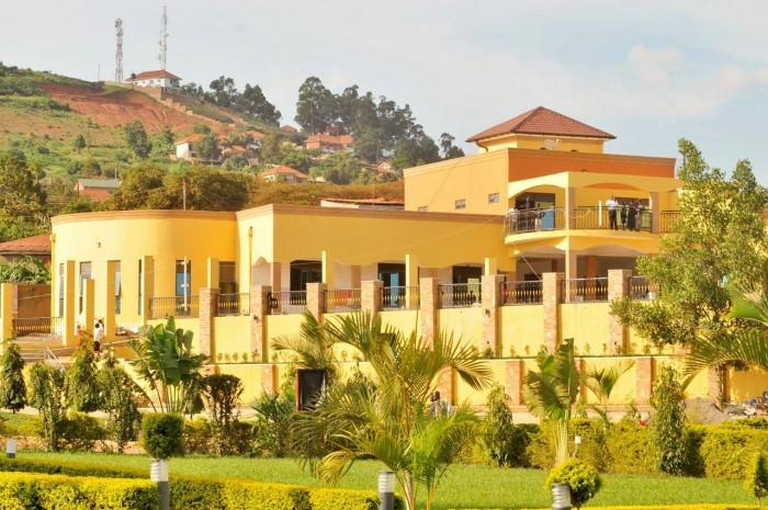 Nican Resort