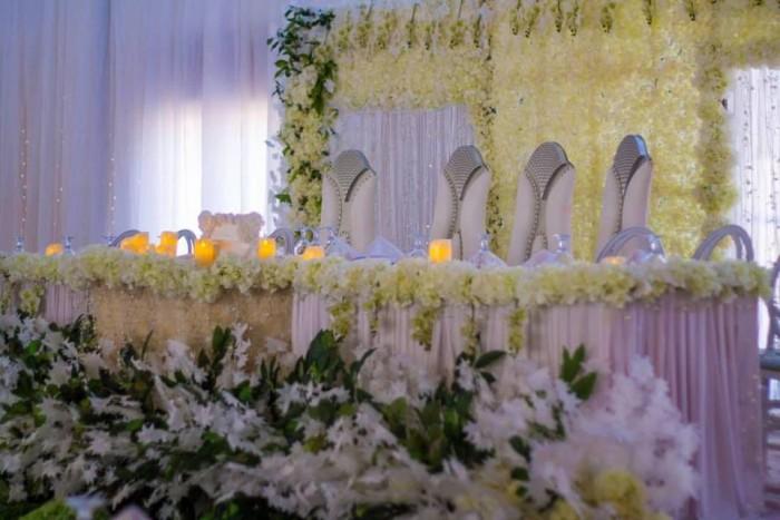 Andrew and Linda's wedding decor
