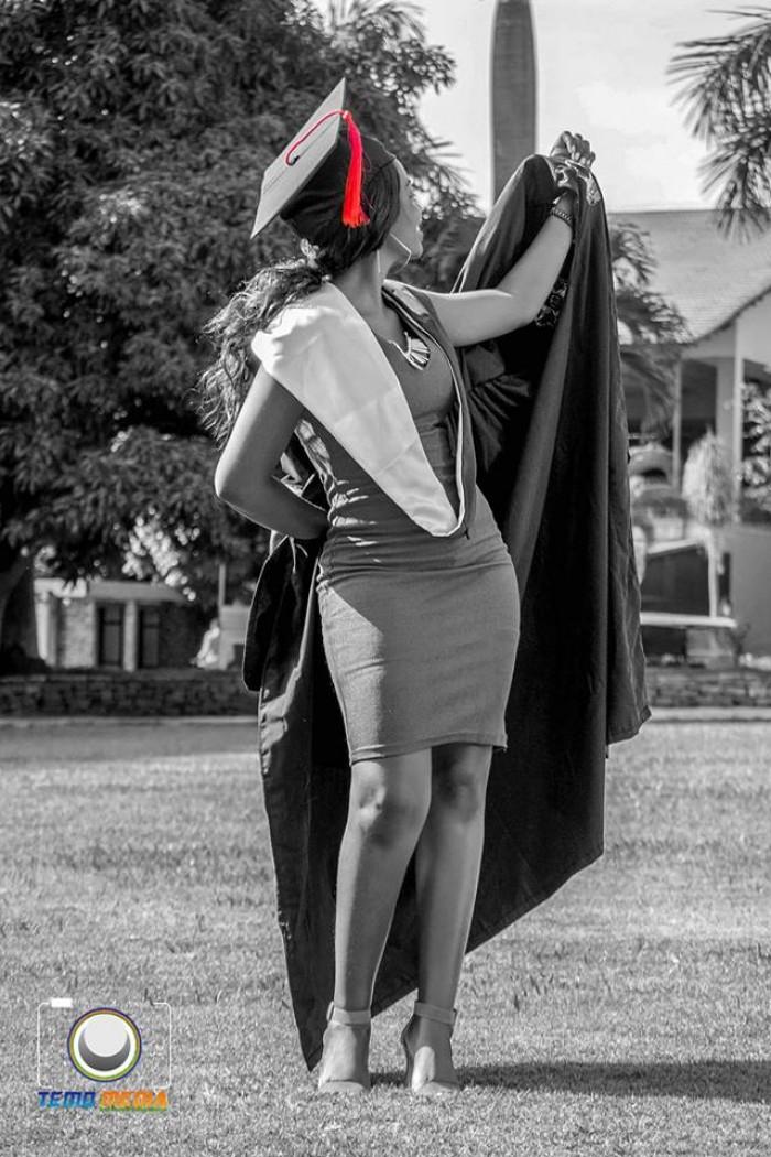 Trudie Giftie pre-graduation photo shoot