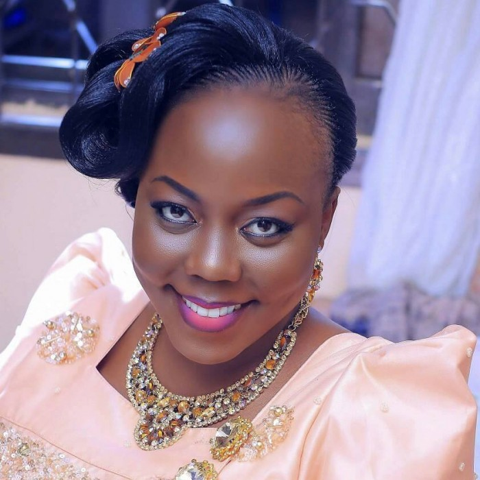Dazzle me makeup Photo credit Oscar Ntege