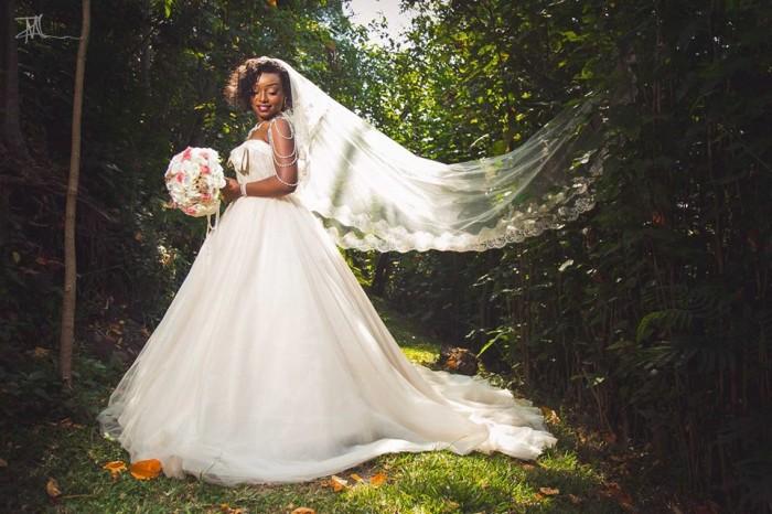Andrew weds Noela