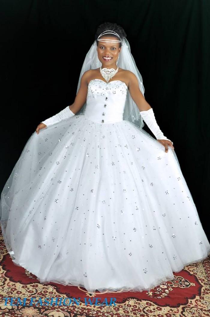A bride dressed by TEM Fashion WEAR