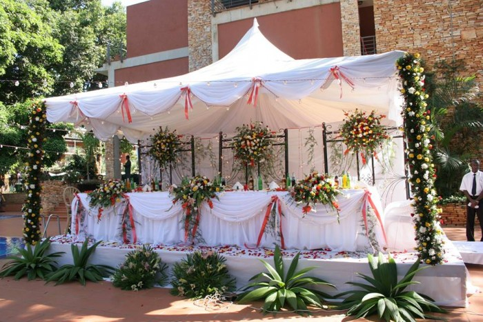 High table wedding decorations