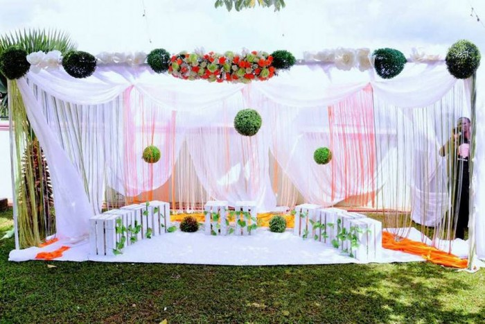 Introduction Decoration by The Decor Mania