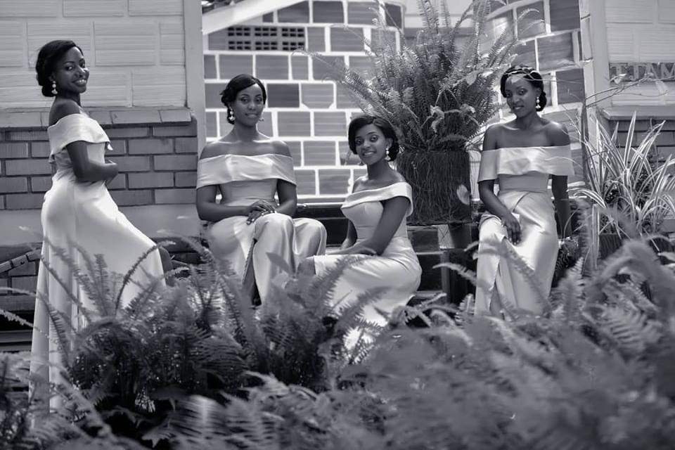 Bridesmaids; black and white wedding shots by Devine Photography
