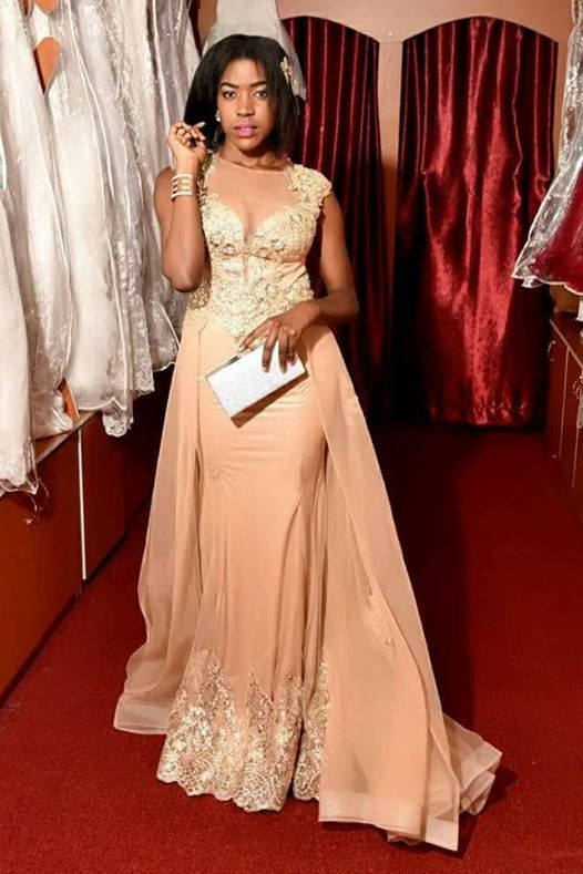 An elegant changing dress from Norema Boutique