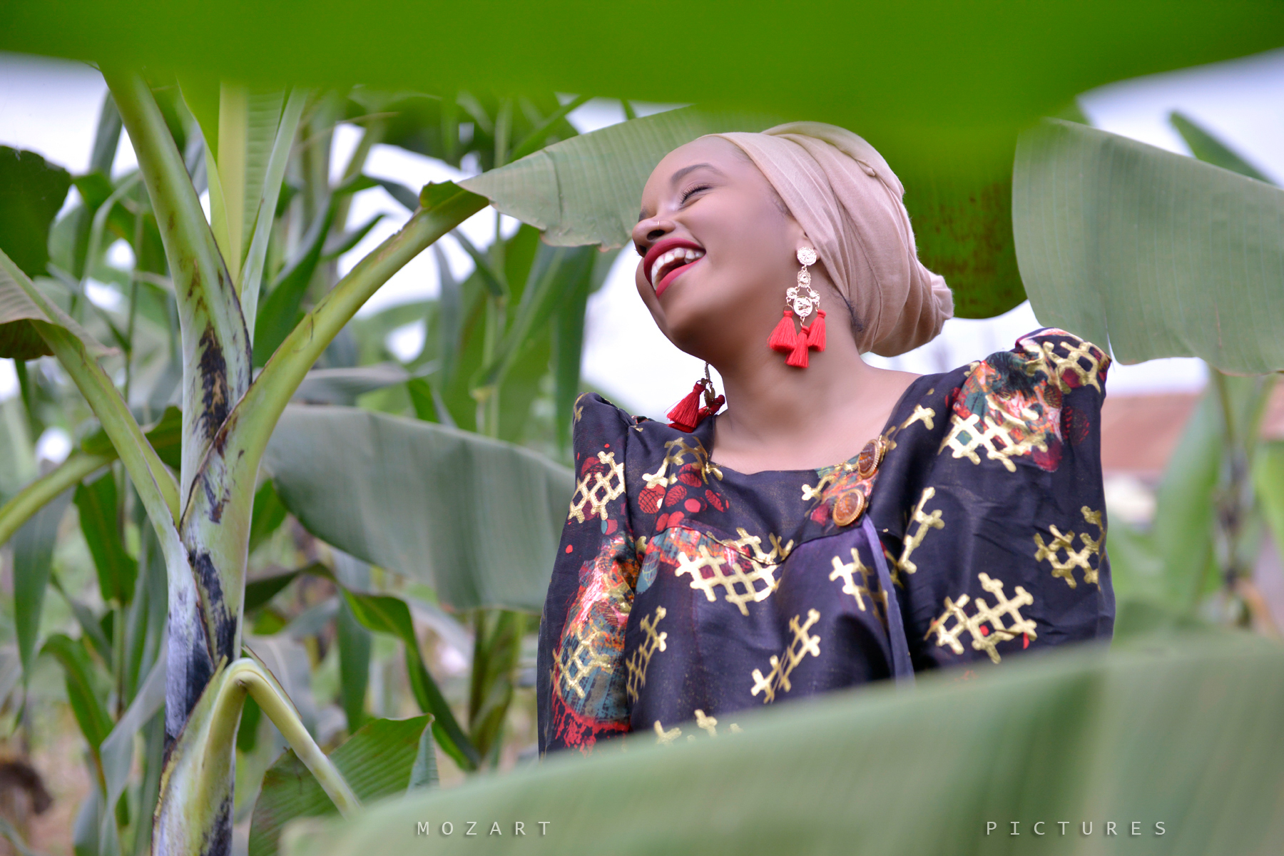 Fantastic kwanjula photography by Mozart Pictures