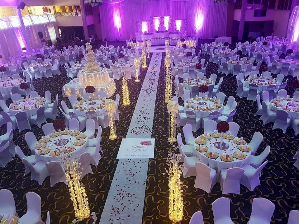We provide affordable wedding packages that will ease your preparations.