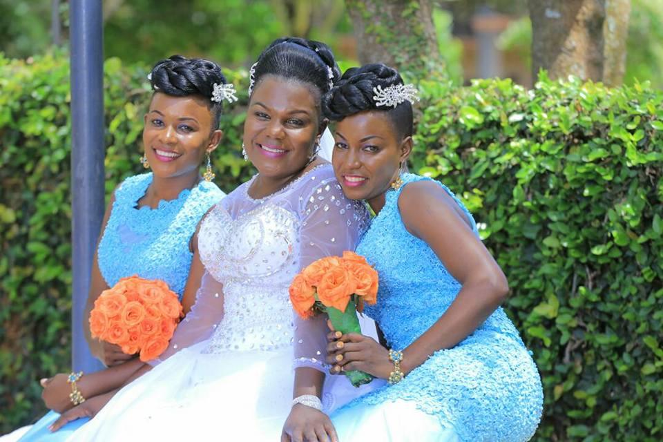 A Bride & her beautiful maids at Speke Resort Hotel Munyonyo