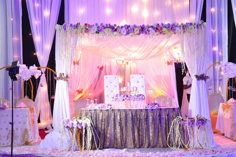Gold, purple and white decor